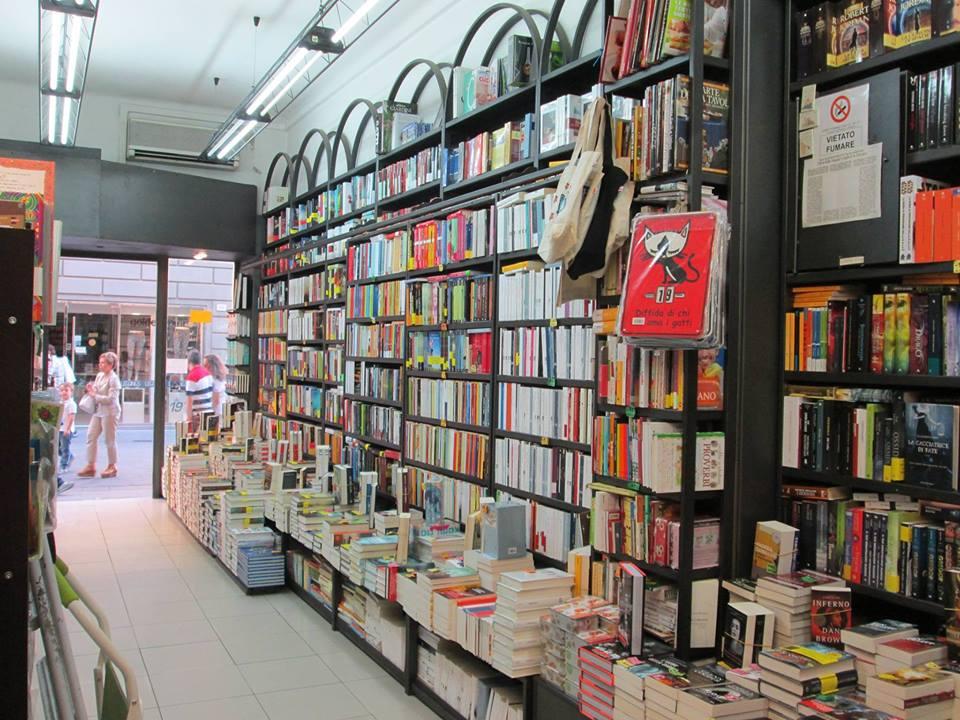 Una vista della Libreria Fogola | Blogger uniti per le librerie indipendenti
