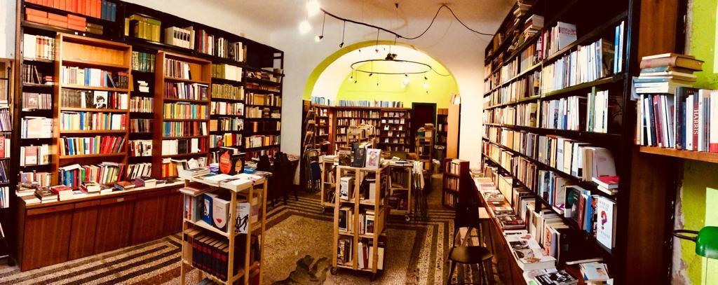 Una vista della Libreria Tra le Righe | Blogger uniti per le librerie indipendenti