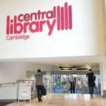 Ingresso della Central Library, Cambridge